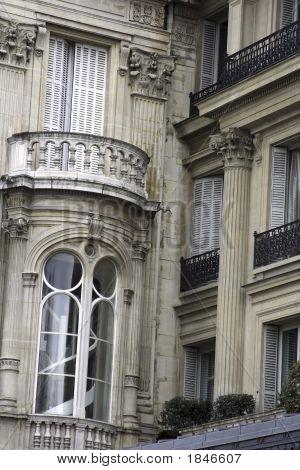 Paris Opulent Residence