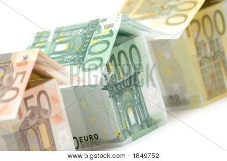 Euro Houses (Close View)