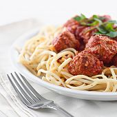 image of spaghetti  - spaghetti and meat balls - JPG