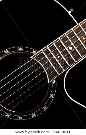 Guitarra clássica closeup - inclui seqüências de caracteres, braço e parte do corpo. Pode ser usado como um bom