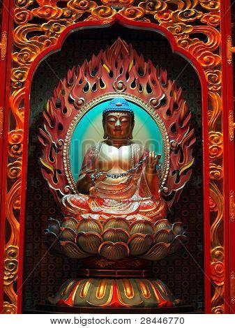 Buda no templo chinês