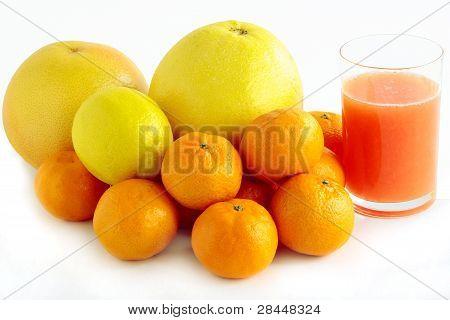 frutas cítricas y jugos saludables
