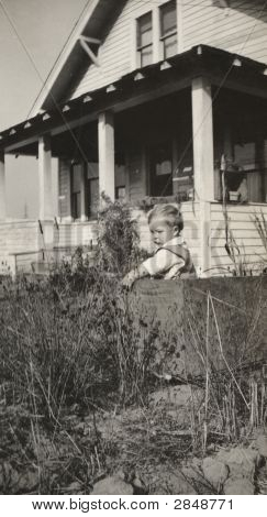 Vintage 1922 Photo