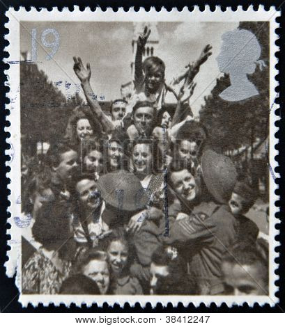 UNITED KINGDOM - CIRCA 1995: A stamp printed in Great Britain shows British Troops and French Civili