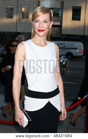 LOS ANGELES - JUL 24:  Cate Blanchett arrives at the
