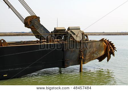 Dredge Front Parts In The Sea