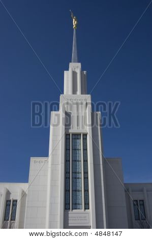 Looking Up At Mormon Temple