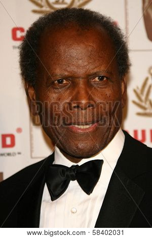LOS ANGELES - NOVEMBER 2: Sidney Poitier at the 2005 BAFTA/LA Cunard Britannia Awards at Hyatt Regency Century Plaza Hotel on November 2, 2006 in Century City, CA.