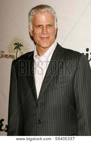 LOS ANGELES - NOVEMBER 09: Ted Danson at the 2006 Partners Award Gala presented by Oceana at Esquire House November 09, 2006 in Los Angeles, CA.