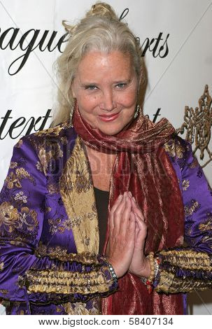 LOS ANGELES - NOVEMBER 11: Sally Kirkland at the 1st Annual Read To Succeed Literary Gala in Renaissance Hollywood Hotel on November 11, 2006 in Hollywood, CA.