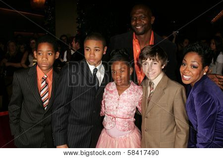 "BEVERLY HILLS - NOVEMBER 29: Cast of ""Everybody Hates Chris"" at the ""8th Annual Family Television Awards"" at Beverly Hilton on November 29, 2006 in Beverly Hills, CA"