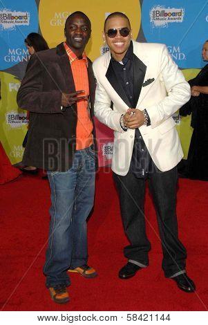 LAS VEGAS - DECEMBER 04: Akon and Chris Brown arriving at the 2006 Billboard Music Awards, MGM Grand Hotel December 04, 2006 in Las Vegas, NV