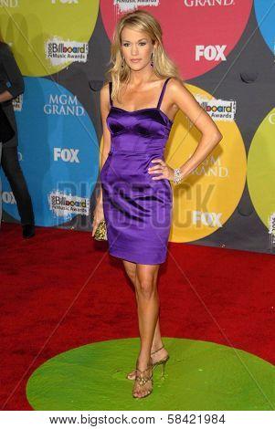LAS VEGAS - DECEMBER 04: Carrie Underwood arriving at the 2006 Billboard Music Awards, MGM Grand Hotel December 04, 2006 in Las Vegas, NV
