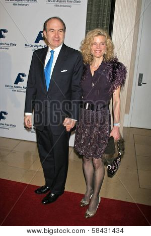 Philippe Dumas and friend at the Friends of the Los Angles Free Clinic Annual Dinner Gala. Beverly Hilton Hotel, Beverly Hills, California, November 20, 2006.