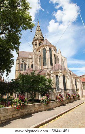 Semur-en-auxois, Burgundy