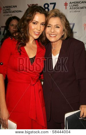 Senator Barbara Boxer and Alyssa Milano at a Rally Supporting Proposition 87. United Teachers Los Angeles, Los Angeles, California. November 2, 2006.