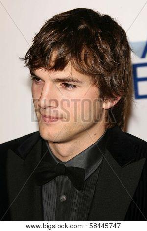 Ashton Kutcher at the AFI Fest 2006 Opening Night Premiere of