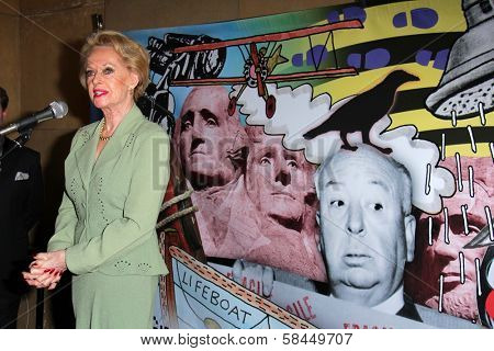 Tippi Hedren at the Red Line Tours Presents The