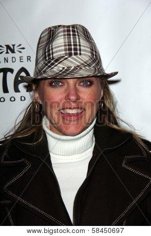 Elaine Hendrix at the