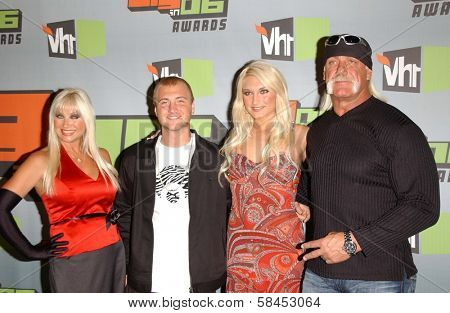 CULVER CITY, CA - DECEMBER 02: Linda Hogan and Nick Hogan with Brooke Hogan and Hulk Hogan at the VH1 Big in '06 Awards on December 02, 2006 at Sony Studios, Culver City, CA.