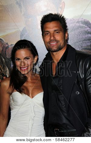 Manu Bennett, Karin Horen at the
