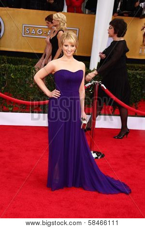Melissa Rauch at the 19th Annual Screen Actors Guild Awards Arrivals, Shrine Auditorium, Los Angeles, CA 01-27-13