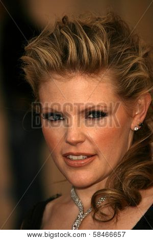 LOS ANGELES - NOVEMBER 21: Natalie Maines at the 34th Annual American Music Awards at Shrine Auditorium November 21, 2006 in Los Angeles, CA