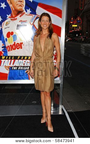 HOLLYWOOD - JULY 26: Kate Walsh at the Premiere Of
