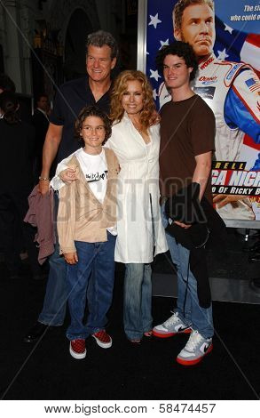 HOLLYWOOD - JULY 26: Tracey E. Bregman and family at the Premiere Of