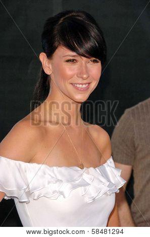 PASADENA - JULY 15: Jennifer Love Hewitt at CBS's TCA Press Tour at The Rose Bowl on July 15, 2006 in Pasadena, CA.