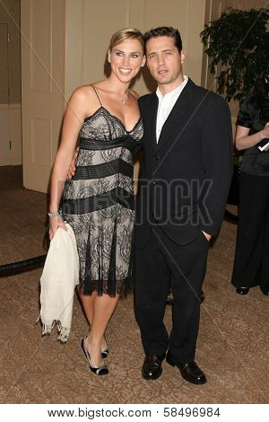 BEVERLY HILLS - NOVEMBER 03: Naomi Lowde-Priestley, Jason Priestley at the