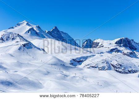 View of the Grand Motte glacier