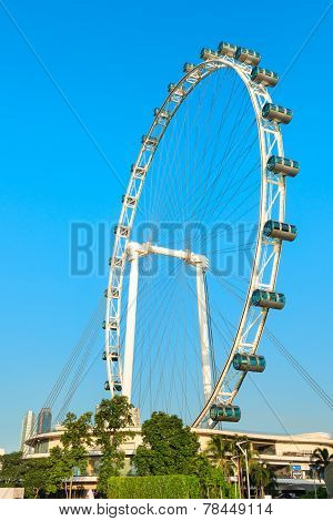 Giant Ferris Wheel Singapore Flyer