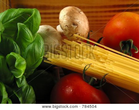 Pasta & ingredients