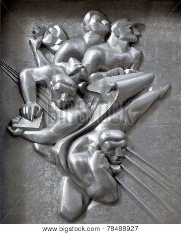 heroic sculpture
