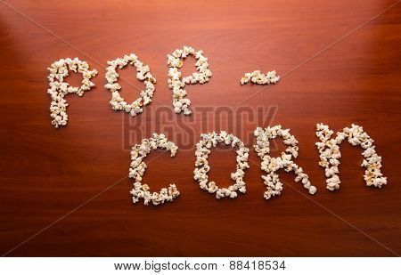 Ppcorn on the table