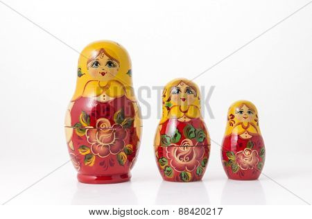 Family of Russian hand painted wooden dolls.
