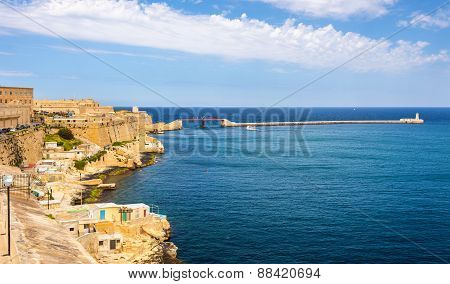 Grand Harbour In Valletta - Malta