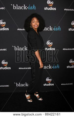LOS ANGELES - FEB 17:  Yara Shahidi at the