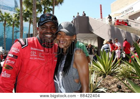 LOS ANGELES - FEB 18:  Mekhi Phifer, wife at the Toyota Grand Prix Pro/Celeb Race at the Toyota Grand Prix Racecourse on April 18, 2015 in Long Beach, CA