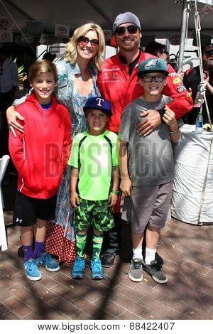 LOS ANGELES - FEB 18:  Joshua Morrow, Tobe Morrow, sons at the Toyota Grand Prix Pro/Celeb Race at the Toyota Grand Prix Racecourse on April 18, 2015 in Long Beach, CA