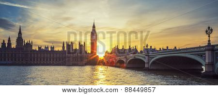Panoramic View Of Big Ben At Sunset.