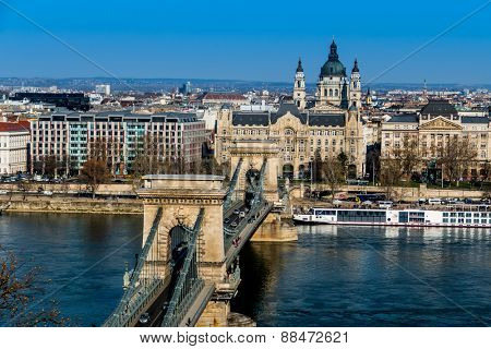 hungary, budapest. chain bridge and danube. the chain bridge is a landmark in the hungarian capital.