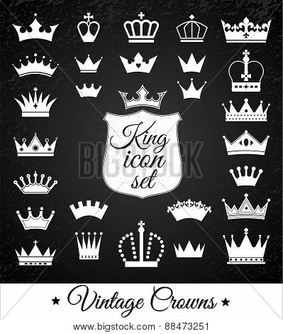 Crowns Set . Flat Design.