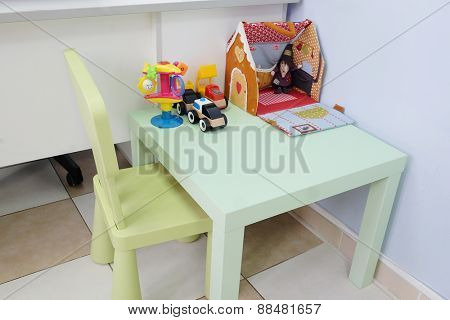 Children's table at the pediatrician's office