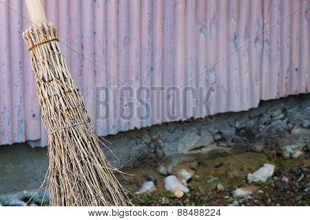 Bamboo Straw Broom