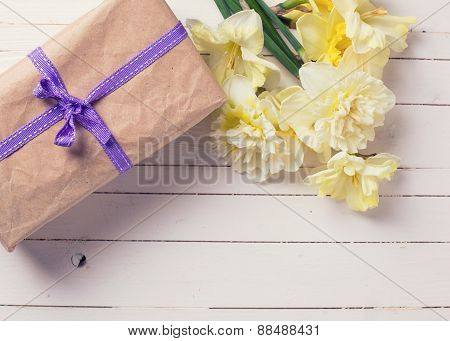 Gift Bos And Flowers