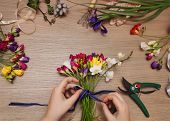 pic of bouquet  - Florist at work - JPG