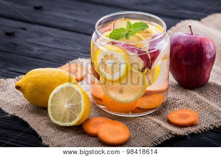 Infused Water Mix Of  Apple, Lemon And Carrot