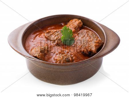 Indian Lamb Rogan Josh Served In Pottery